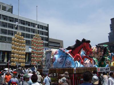 Nebuta_and_kanto